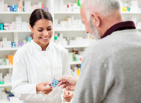 pharmacist-dispensing-serialized-tablets-to-patient